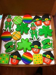 Well, at least they seem like anyone could make them. Though the fancy leprechaun gives it away that they're from a bakery.