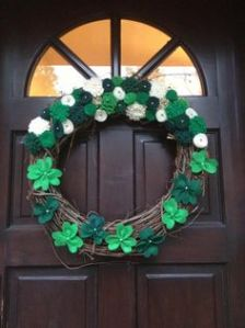 Consists of flowers on top and shamrocks on the bottom. Think it's quite charming and quaint.