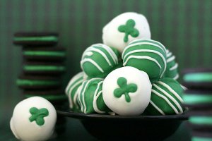 Some are green and some have shamrocks on them. Either way, I hope there's chocolate inside.
