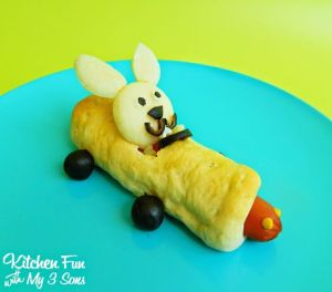 Sure it might be for a kid's lunch. But it's nevertheless cute. Like the little smile on the bunny's face.