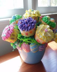For some people, a bouquet of cupcakes would be even better. And they wouldn't need to have flower designs either.