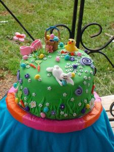 Then again, with no trees, hills, and brush, there's not much space to hide eggs. But the cake's quite charming.