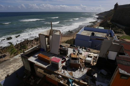 1506796842_394_10-days-after-Hurricane-Maria-Puerto-Rico-is-still-fighting-for-life