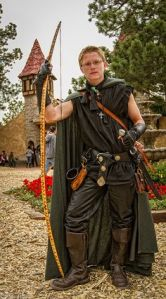 Renaissance Festival | The Lone Girl in a Crowd