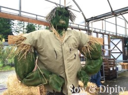 The-Hulk-Scarecrow