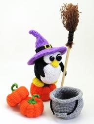 Halloween-penguin3