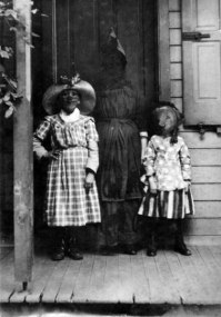 scary-vintage-halloween-creepy-costumes-102-57fc892ab8144__605