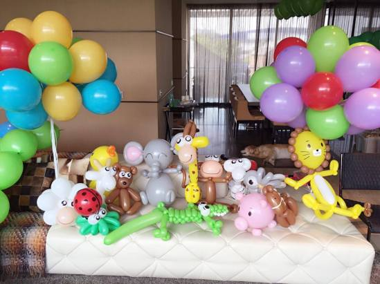 animal-theme-balloon-sculptures