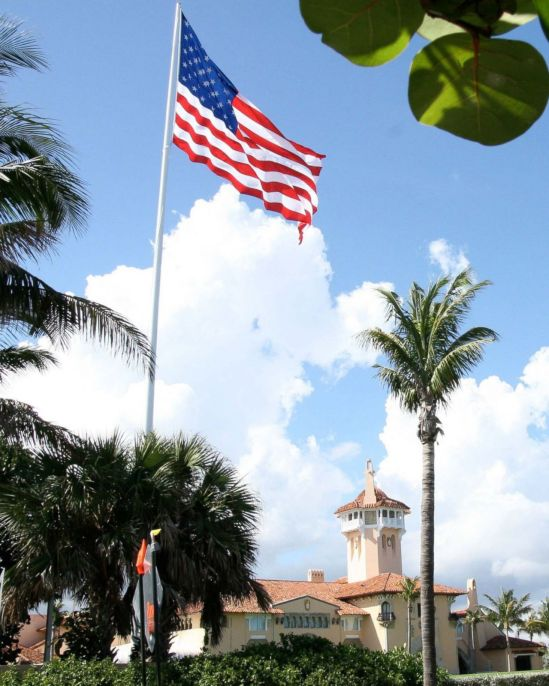 GTY_mar_a_lago_flag_as_160920_4x5_1600