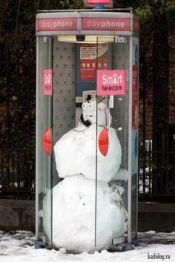 0c29ae3ed20bff68de4a77e17803c73d--snowman-jokes-telephone-booth