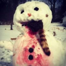 16-creepy-horror-snowmen-that-will-take-winter-to-the-next-level-01-1