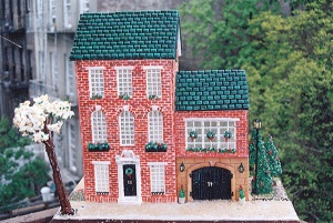 54feeb84a63bf-1299-gingerbread-house-dowd-xl