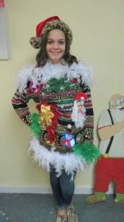 607ae4b20ab234e0c12c13d231eac294--tacky-sweater-ugly-christmas-sweater
