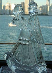 77f185d621272b72d9ea42b9bc9d242f--wedding-ice-sculptures-snow-sculptures