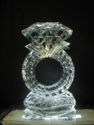 Diamond-ring-Ice-sculpture-225x300