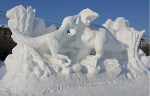 EMGN-Snow-Sculptures-1