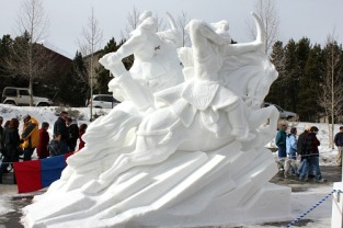Snow-sculpture1