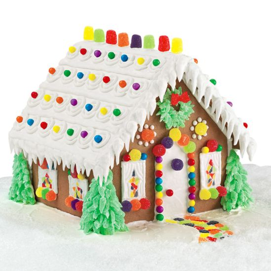 evergreen estate gingerbread house.jpg