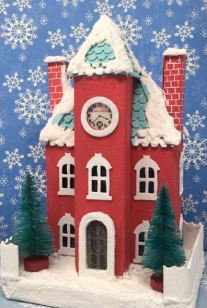 Front-view-Kellys-Christmas-Clockhouse