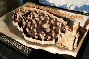 game-of-thrones-gingerbread-house