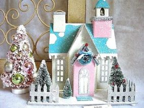 Lighted-CHRISTMAS-Putz-Glitter-Church-House-Vintage-Style