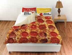 pizza-bedding