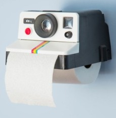 polaroid-camera-toilet-paper-holder-295x300