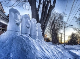 snow-sculptures-that-truly-rock-5