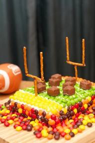 football-birthday-party-cake