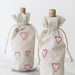 valentines_wine_bag_sugarandcharm_7-1-1-300x300