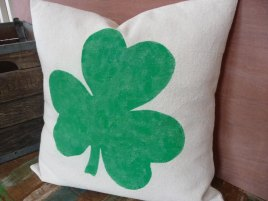 23-Inspiring-Various-Saint-Patricks-Day-Decorations-20