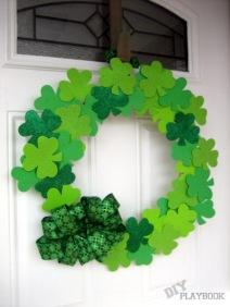 DIY-Dollar-Store-Shamrock-Wreath