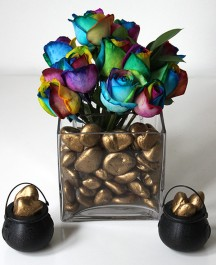 diy-st-patricks-day-decorations-pot-of-gold-centerpiece-with-flowers-vertical