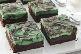 green-cheesecake-brownies