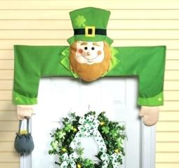 st-patrick-day-door-decorations-extraordinary-st-day-decoration-leprechaun-door-st-day-decoration-st-day-office-decoration-ide