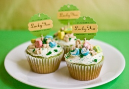 St-Patricks-Day-Lucky-Charms-Cupcakes