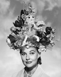 woman-with-easter-bonnet-underwood-archives