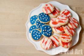 Easy-4th-July-Kids-Activity-Cookie-Decorating
