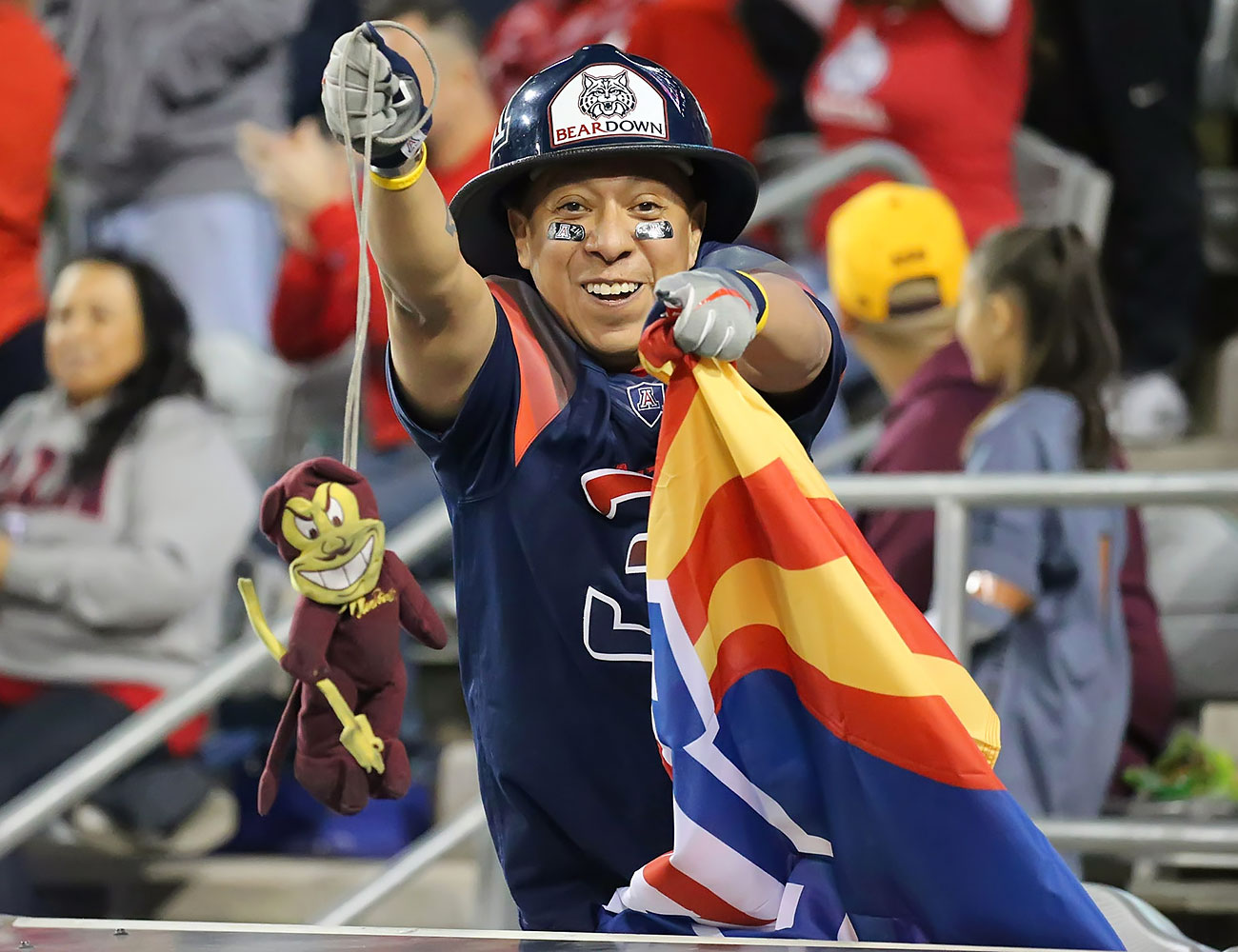 Arizona-Wildcats-fans-U_Arizona_Superfans-WYP_7947