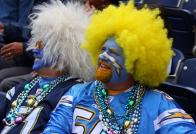 Comical_Crazy_Wacky_Dressed_Up_Diego_Chargers_NFL_Team_Fans-1-1024x700