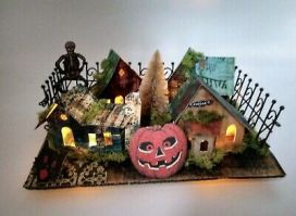 Creepy-Corner-Lot-Halloween-Putz-House-Village