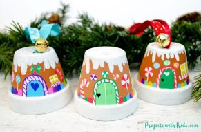 11-Gingerbread-house-ornaments-1020x675