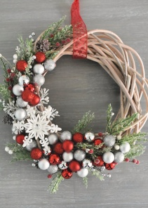 How-to-Make-a-Christmas-Wreath