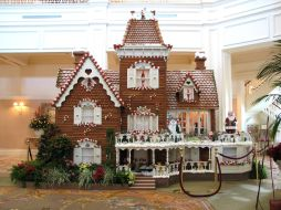 15_Gingerbread_House