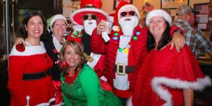 636478970639412348-sm2017-1202-5th-annual-orileys-santa-pub-crawl-toys-for-tots-shriners-0038