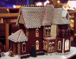 Gingerbread-House-24
