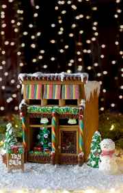 Gingerbread-House-7083-Web