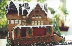 Gingerbread House Colette Peters EdiblArt