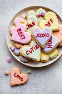 valentines-day-treats-conversation-heart-cookies-1578953925