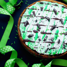 baileys-st.-patricks-day-dessert-pizza1-320x320